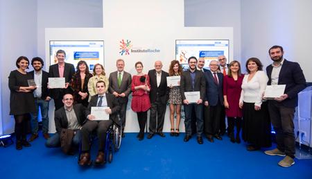 La Fundación Instituto Roche premia el compromiso del periodismo con la difusión de la Medicina Personalizada de Precisión